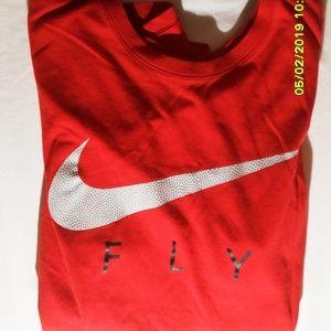 Nike Shirts - MEN'S NIKE DRI FIT SIZE MEDIUM T-SHIRT